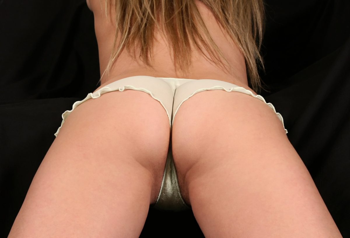 Brak tolerancji wyglądu warg sromowych są motywami konsultacji pań z ginekologiem lub chirurgiem plastycznym.