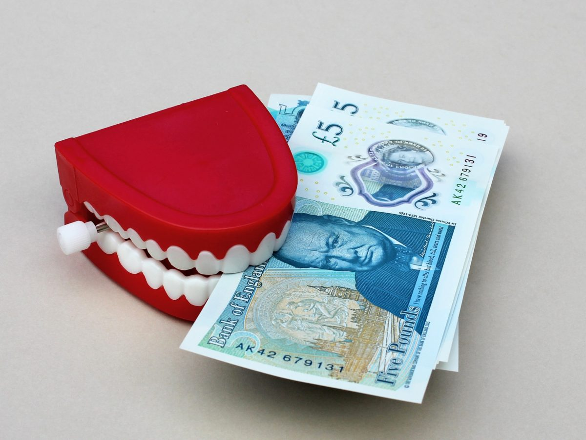 Zła sposób żywienia się to większe deficyty w zębach oraz dodatkowo ich brak